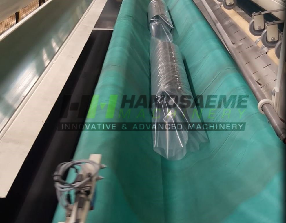 roll in packaging machine textile